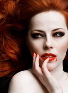 Beautiful_Vampire_Woman